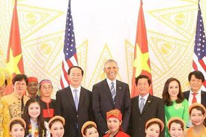 Hoàng Hậu Phương Đông: Cơ duyên gặp cựu Tổng thống Mỹ và thông điệp hòa bình từ giới trẻ