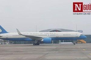 Clip: Chuyên cơ của Mỹ chở đoàn tham dự hội nghị Thượng đỉnh có mặt tại sân bay Nội Bài