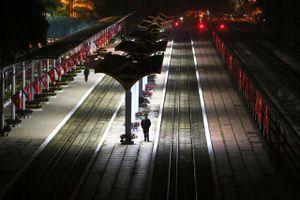 Hình ảnh ga Đồng Đăng trong đêm chờ đón đoàn tàu bọc thép Triều Tiên