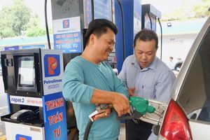 Gia tăng tiện ích cho khách hàng mua xăng dầu tự động