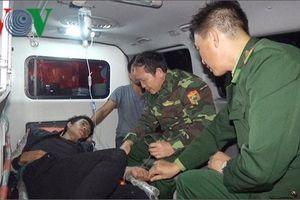 Quảng Trị kịp thời cứu 1 thuyền viên gặp nạn trên biển trong đêm