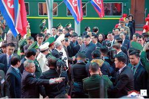 Báo chí Triều Tiên: Cả nước không ngủ