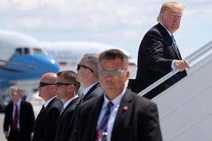 Hàng rào an ninh bảo vệ Tổng thống Donald Trump khi công du nước ngoài