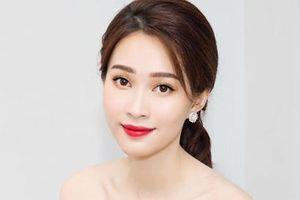 Hoa hậu Đặng Thu Thảo: Cứ im lặng là auto xinh, hễ phát ngôn là chấn động showbiz Việt
