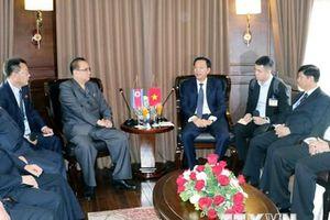 Đoàn đại biểu Lãnh đạo cấp cao Triều Tiên thăm quan Vịnh Hạ Long
