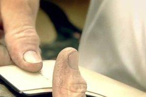 Clip: Cách làm ra những đôi giày có giá nghìn đô của Louis Vuitton