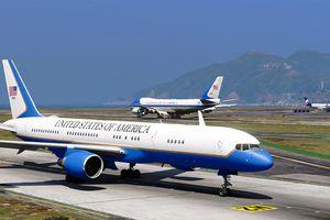 Ngoài Air Force One, Tổng thống Mỹ còn mang theo chuyên cơ dự phòng khủng không kém tại Hội Nghị Thượng đỉnh Mỹ - Triều