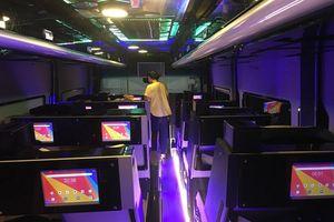 Cận cảnh xe Limousine nội thất thông minh và công nghệ đẳng cấp quốc tế xuất hiện tại Việt Nam