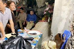 Tự lập điểm tham quan để lừa tiền du khách tại chùa Hương