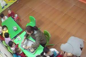 Dừng hoạt động cơ sở giữ trẻ tư thục để xảy ra việc người trông tát liên tiếp vào mặt trẻ
