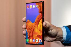 Chơi game trên smartphone màn hình gập sẽ như thế nào?