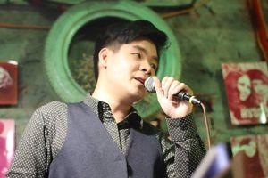 Khánh Ly không còn trẻ, Lệ Quyên bị chê, vậy ai đang hát nhạc Trịnh?