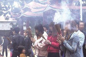 Rước bệnh từ hít khói nhang