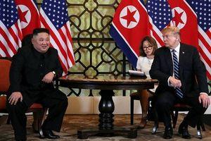Chủ tịch Kim Jong-un lần đầu tiên 'phá lệ', trả lời câu hỏi của phóng viên quốc tế