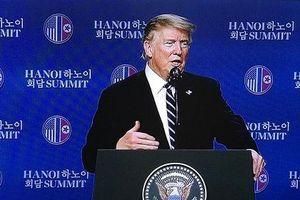 Tổng thống D. Trump tổ chức họp báo về kết quả cuộc hội đàm