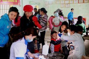 Tuyên dương 10 Gương mặt Thầy thuốc trẻ Việt Nam tiêu biểu năm 2018