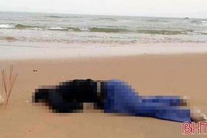 Phát hiện thi thể nam giới dạt vào bờ biển