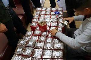 Tạm giữ 10 nghìn điếu xì gà vào Việt Nam qua đường hàng không