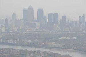 Chất lượng không khí không an toàn tại gần 2.000 địa điểm ở Anh