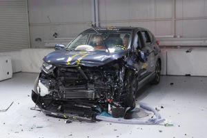 Honda CR-V được đánh giá độ an toàn ngang Mercedes-Benz G-Class