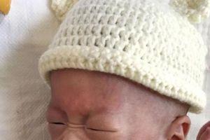 Kỳ tích cậu bé nhỏ nhất thế giới: Chưa đến 3 lạng vẫn sống sót