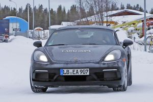 Porsche có thể phát triển động cơ 6 xi lanh
