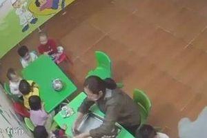 Cô giáo đánh trẻ tím mặt vì không ăn: Nhóm lớp hoạt động 'chui'