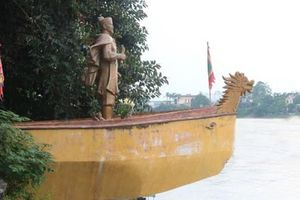 4 giai thoại về danh tướng uống rượu bằng mũi nổi danh sử Việt