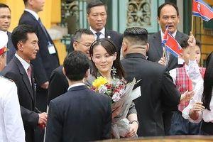 Đến Việt Nam, em gái ông Kim Jong Un thu hút nhiều ánh nhìn