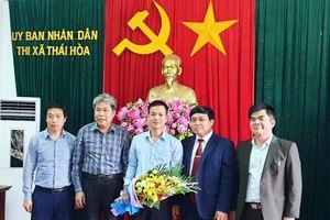 Bổ nhiệm tân Trưởng phòng Nội vụ thị xã Thái Hòa