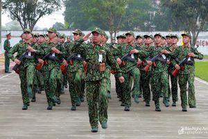 Lực lượng vũ trang Nghệ An ra quân huấn luyện năm 2019