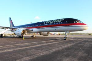 Ngoài Air Force One, ông Donald Trump còn có chuyên cơ cá nhân 'xịn xò' không kém