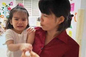 Phạm Quỳnh Anh chia sẻ bí quyết ngày đầu tiên đưa con đến trường