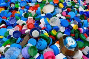 Hướng mới tái chế các sản phẩm nhựa dùng một lần