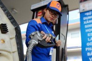 Xăng RON 95 tăng hơn 900 đồng/lít