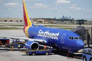 Hãng bay kiện thợ máy của mình vì loạt chuyến bay bị hủy