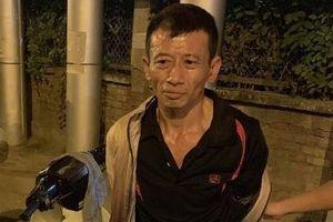 Đi xe gian, găm 'hàng' trong người bị 141 kiểm tra khiến gã nghiện tái mặt...
