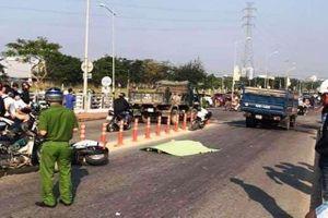 Đà Nẵng: Va cọc tiêu ngã ra đường, nam sinh lớp 9 chết thảm