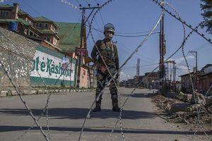 Căng thẳng leo thang, binh lính Ấn Độ, Pakistan đấu súng ở biên giới