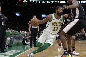 Sau Rondo, Irving là hậu vệ duy nhất làm được điều này tại Celtics
