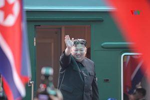 Chủ tịch Kim Jong Un lên tàu về nước, kết thúc chuyến công du tại Việt Nam