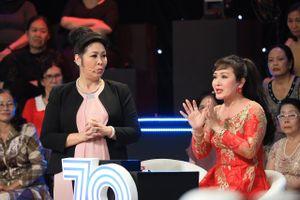 Hồng Vân 'đánh ghen' NSND Minh Hòa trên sân khấu Ký ức vui vẻ