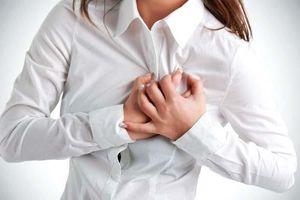 Người phụ nữ suýt mất mạng sau hai tuần khó thở, tức ngực