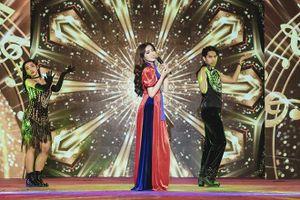 Nhật Hà mang 'gánh lô tô' lên sân khấu Hoa hậu Chuyển giới quốc tế