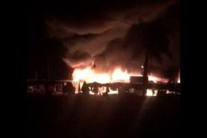 An Giang: Hàng loạt nhà sàn của người Chăm bị cháy giữa đêm