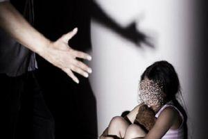 Về vụ nghi ngờ thầy giáo dâm ô 13 nữ sinh lớp 5: Bộ GDĐT nói gì?