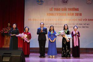 Giải thưởng Kovalevskaia 2018 vinh danh nhà khoa học nữ kiêm Đại biểu quốc hội