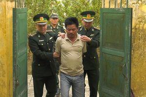 Đồn biên phòng Lào Cai bắt lái xe container tàng trữ ma túy