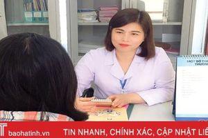 Nữ y sỹ Hà Tĩnh dành trọn tình thương, thấu cảm với bệnh nhân HIV/AIDS