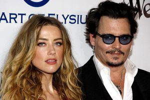 Johnny Depp cáo đâm đơn kiện Amber Heard, cho rằng vợ cũ ngoại tình với tỷ phú Elon Musk